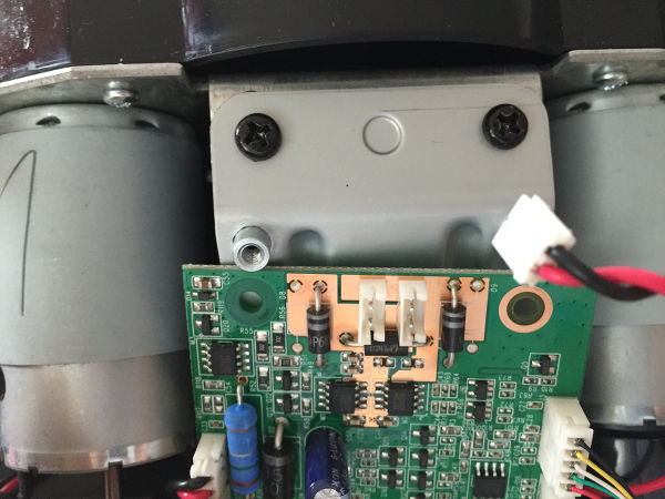 débrancher le circuit imprimé et l'écarter